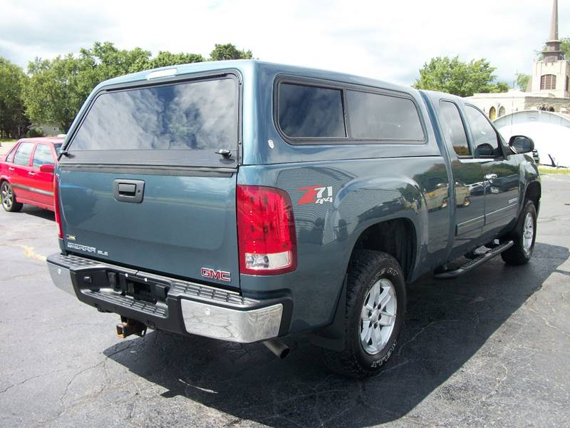 2009 GMC Sierra 1500 4x4 SLE 4dr Extended Cab 6.5 ft. SB - Janesville WI