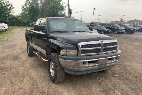 2000 Dodge Ram Pickup 1500 for sale at WEINLE MOTORSPORTS in Cleves OH