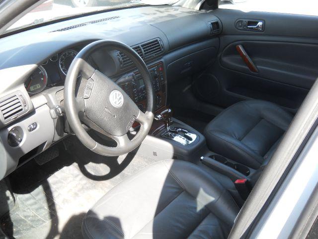 2004 Volkswagen Passat 4dr GLS 1.8T Turbo Sedan - Mohnton PA