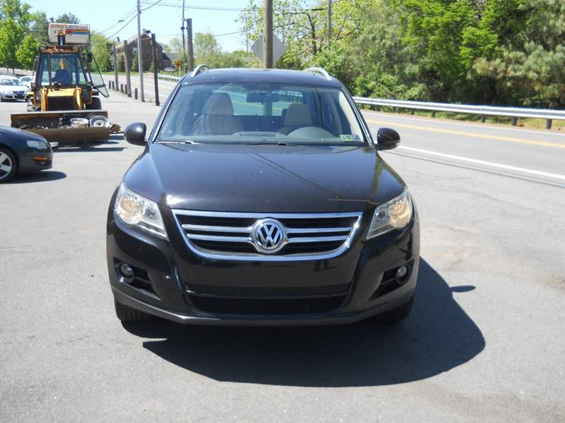 2010 Volkswagen Tiguan SE 4Motion 4dr SUV 6A w/Leather - Mohnton PA
