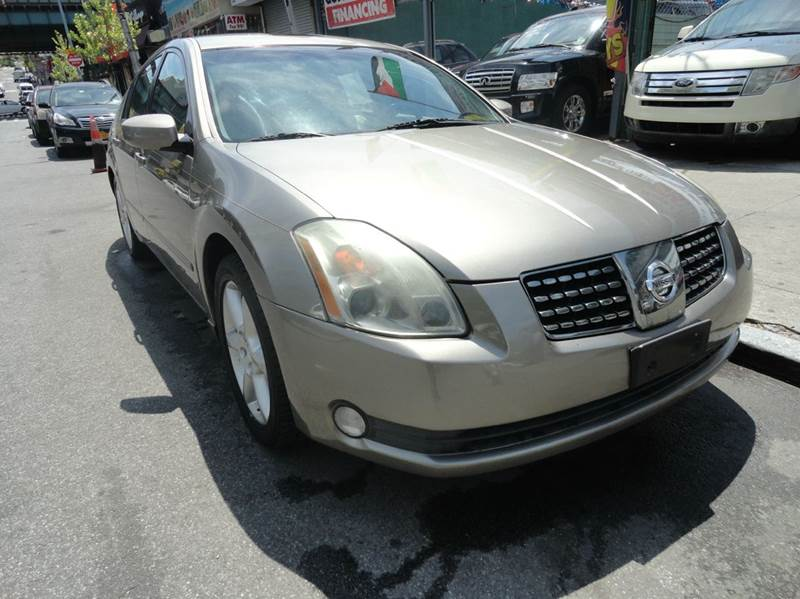 2005 Nissan Maxima for sale at MOUNT EDEN MOTORS INC in Bronx NY