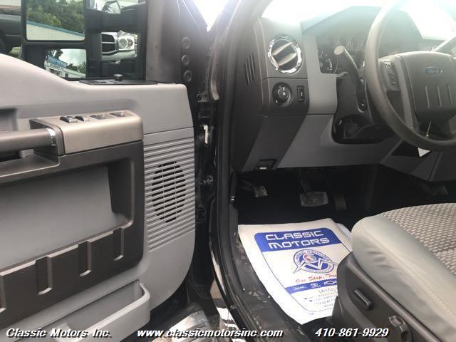 2012 Ford F-350 Super Duty Crew Cab XLT 4X4 - Finksburg MD