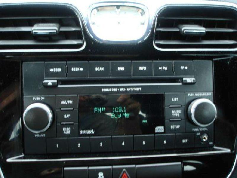 2013 Chrysler 200 Touring 4dr Sedan - Hamilton IL