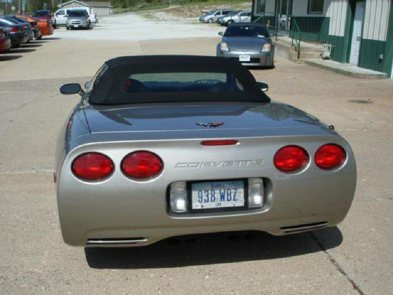 1999 Chevrolet Corvette 2dr Convertible - Hamilton IL
