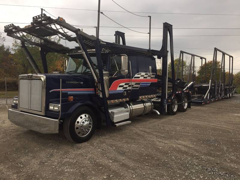 2007 WESTERN STAR 4900FA  - West Seneca NY