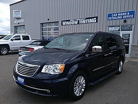 2014 Chrysler Town and Country for sale in Darlington, WI