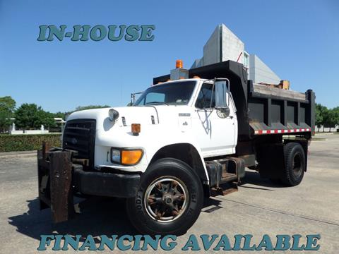 1995 Ford F-800 for sale in Houston, TX