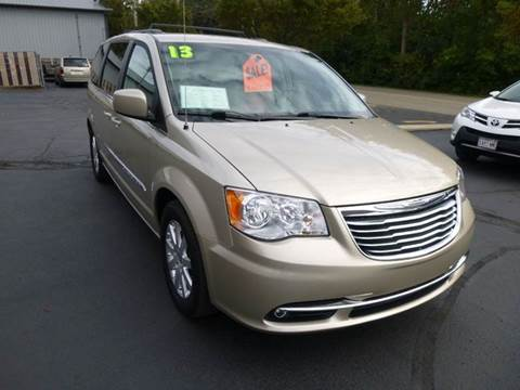 2013 Chrysler Town and Country for sale in Kenosha, WI