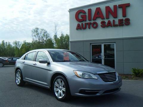 2013 Chrysler 200 for sale in East Syracuse, NY