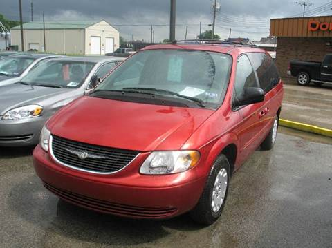2003 Chrysler Town and Country for sale at RACEN AUTO SALES LLC in Buckhannon WV