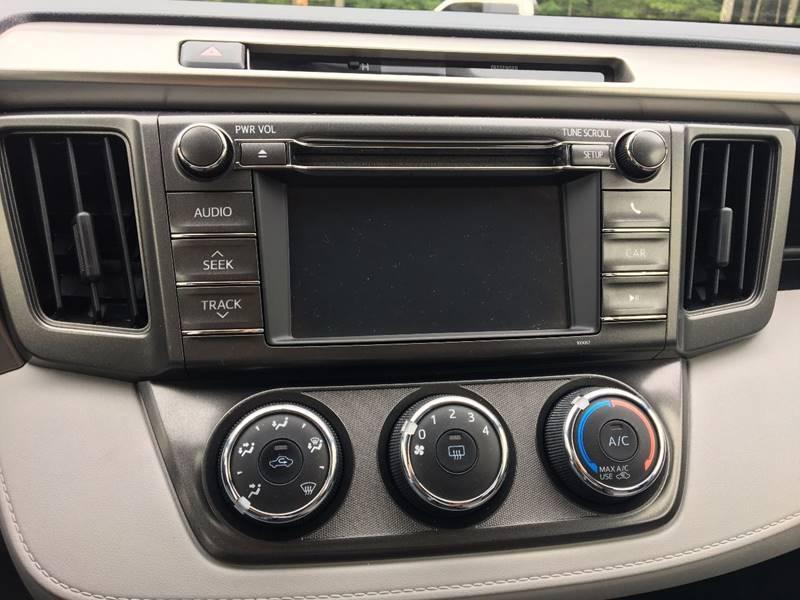 2013 Toyota RAV4 AWD LE 4dr SUV - Belchertown MA