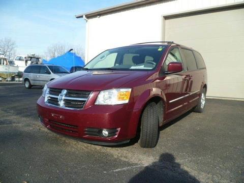 2009 Dodge Grand Caravan for sale at AutoLand Outlets Inc in Roscoe IL
