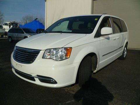2012 Chrysler Town and Country for sale at AutoLand Outlets Inc in Roscoe IL