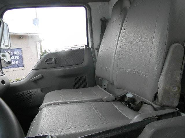 2008 International CF500  - Sanford FL