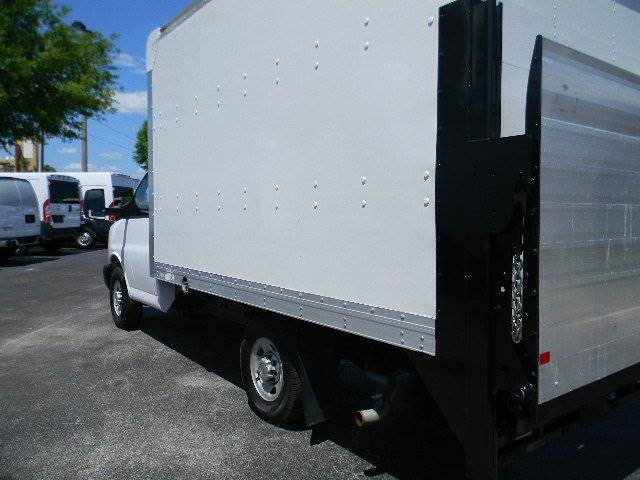 2011 Ford E-350  - Sanford FL