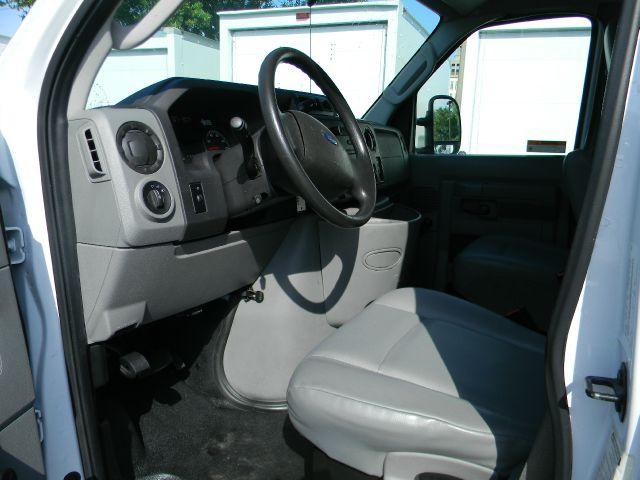 2011 Ford E-350  - Sanford FL