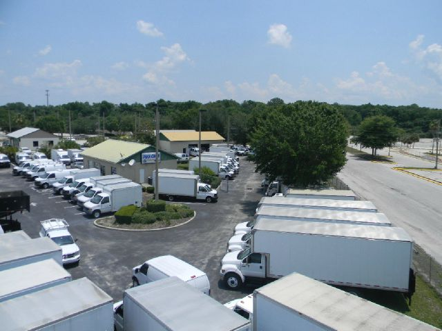2008 GMC Savana Cutaway  - Sanford FL