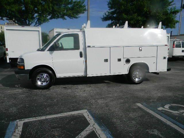 2006 Chevrolet G3500 for sale at Longwood Truck Center Inc in Sanford FL