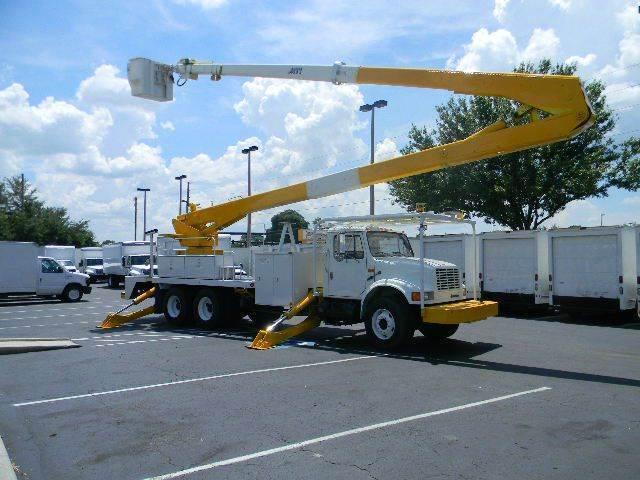 2002 International 4900 for sale at Longwood Truck Center Inc in Sanford FL