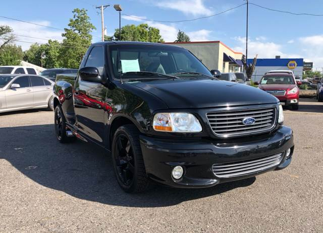 2004 ford f 150 svt lightning 2dr regular cab rwd flareside sb in