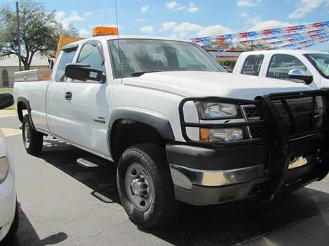 2005 Chevrolet Silverado 2500HD for sale at Rons Auto Sales in Stockdale TX