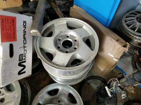 Chevrolet Z71 Wheels for sale at Rons Auto Sales in Stockdale TX