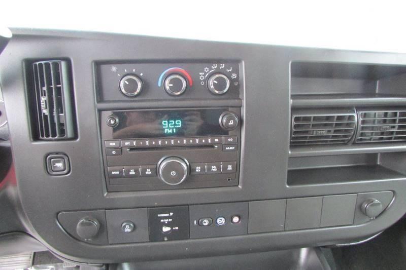 2013 Chevrolet Express Passenger LT 2500 3dr Passenger Van - Union City GA