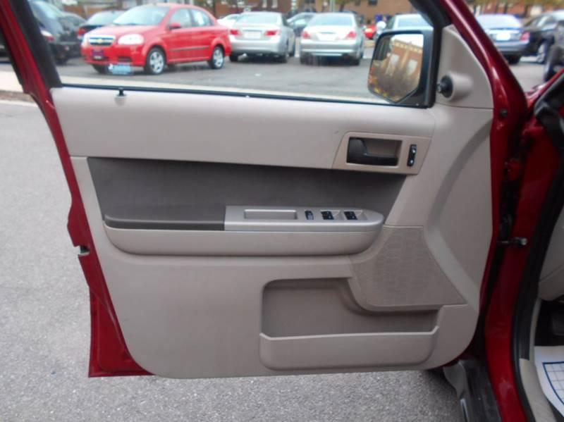 2010 Ford Escape XLT 4dr SUV - Arlington VA