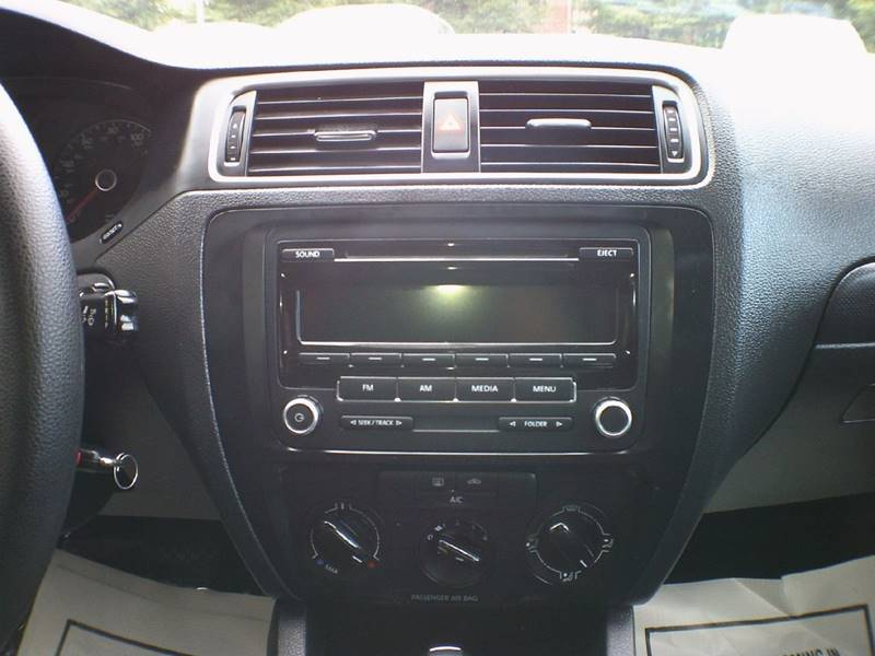 2014 Volkswagen Jetta S 4dr Sedan 6A - Arlington VA