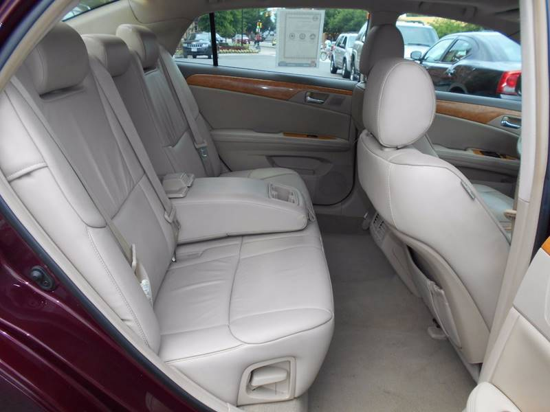2005 Toyota Avalon XL 4dr Sedan - Arlington VA