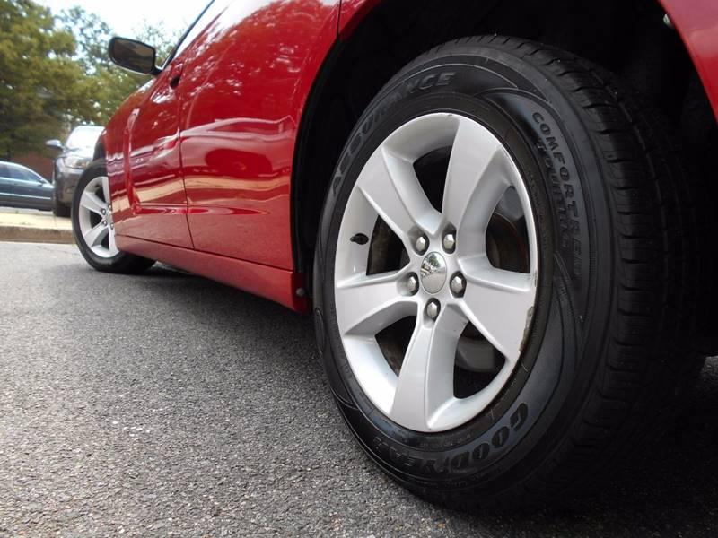 2012 Dodge Charger SE 4dr Sedan - Arlington VA