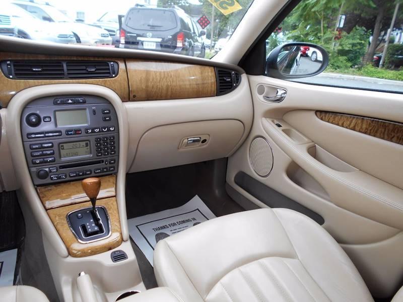 2004 Jaguar X-Type AWD 3.0 4dr Sedan - Arlington VA