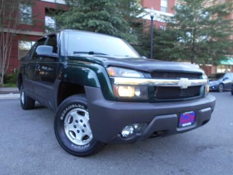 2003 Chevrolet Avalanche for sale at H & R Auto in Arlington VA