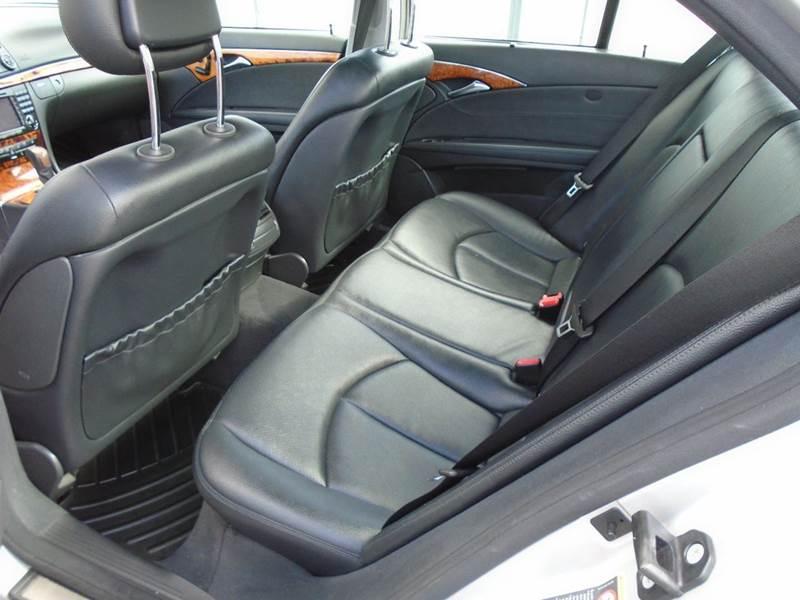 2006 Mercedes-Benz E-Class AWD E 350 4MATIC 4dr Sedan - Dale WI