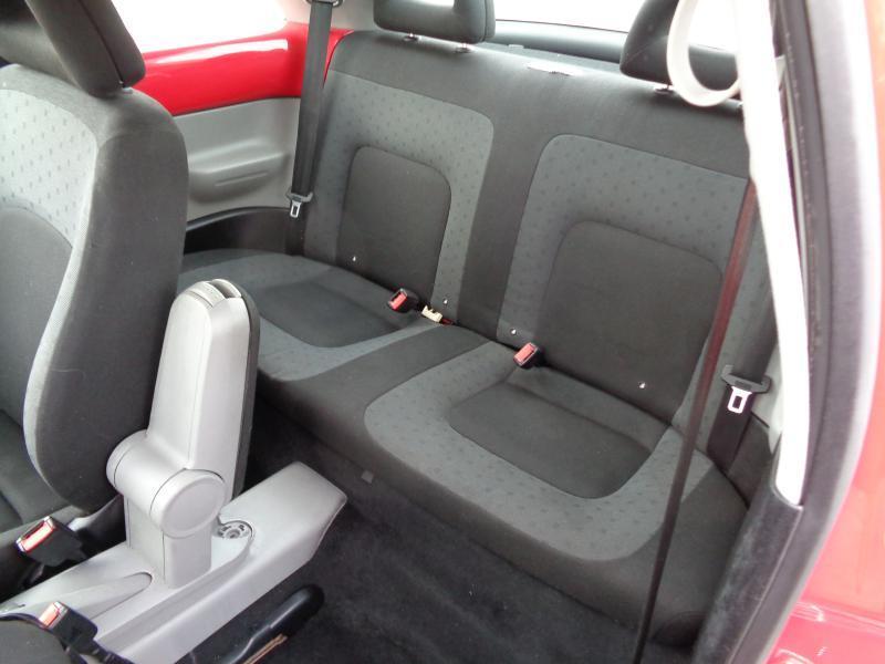 2000 Volkswagen New Beetle GLS 2dr Hatchback - Spartanburg SC