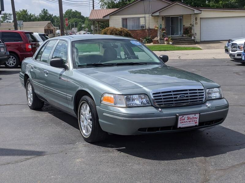 2005 Ford Crown Victoria for sale at Bob Walters Linton Motors in Linton IN