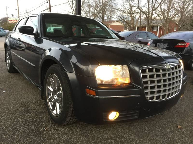 2007 Chrysler 300 for sale at King Louis Auto Sales in Louisville KY