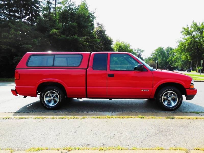 2003 Chevrolet S-10 3dr Extended Cab LS Rwd SB - Waukesha WI