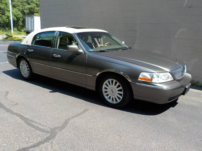 2004 Lincoln Town Car Ultimate 4dr Sedan In Abington Ma Mass Car Mart