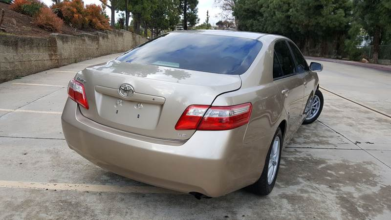 2007 Toyota Camry LE (image 5)