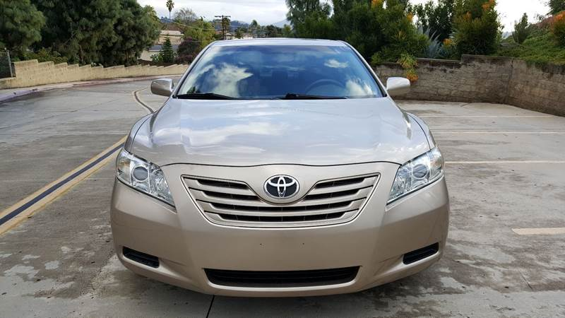 2007 Toyota Camry LE (image 2)