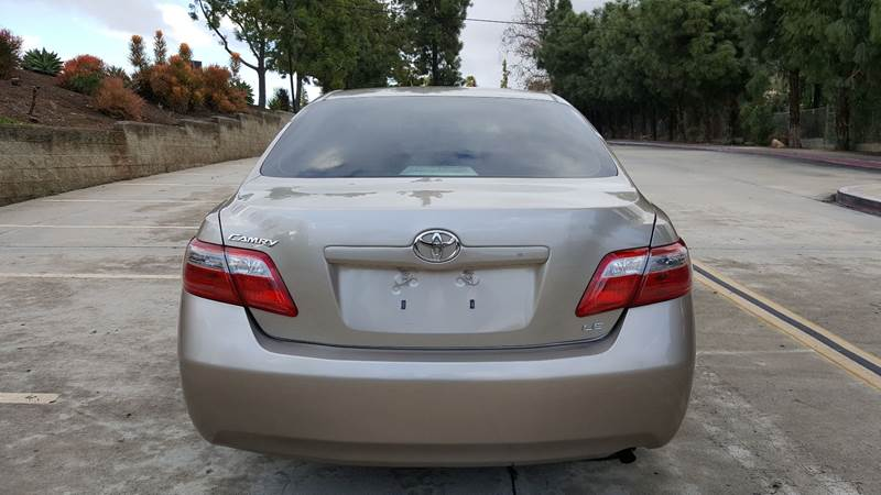 2007 Toyota Camry LE (image 6)