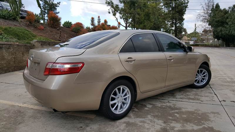2007 Toyota Camry LE (image 31)