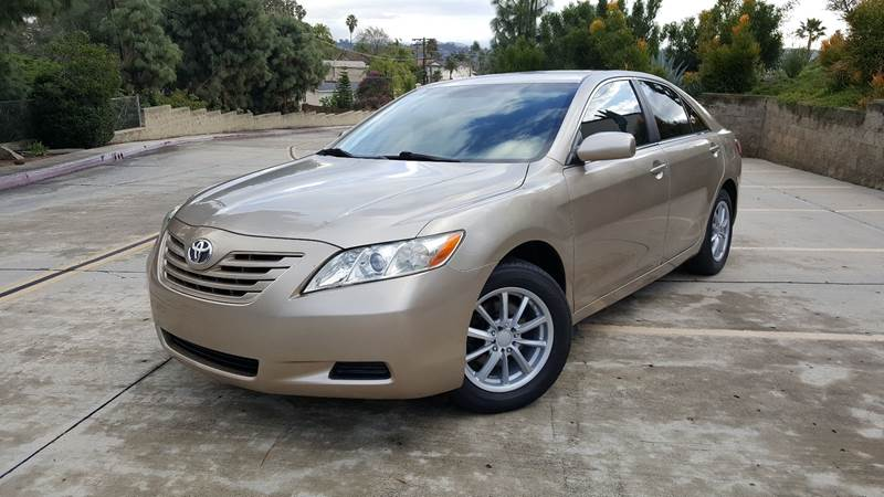 2007 Toyota Camry LE (image 32)