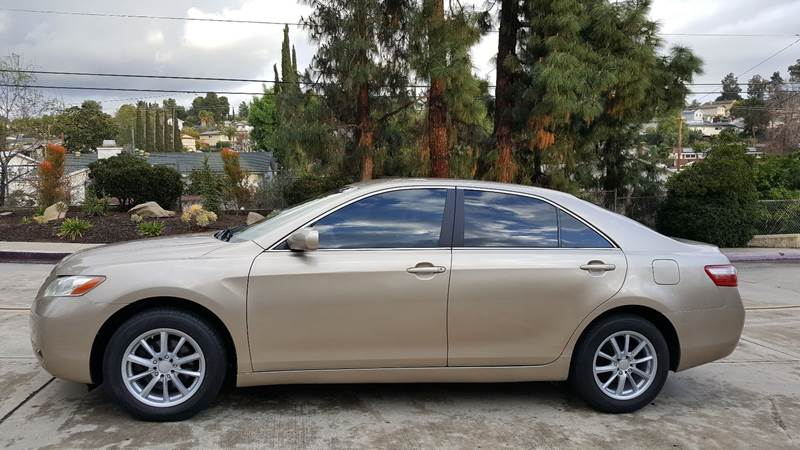 2007 Toyota Camry LE (image 8)