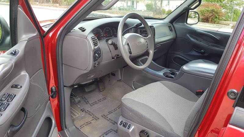 2000 Ford Expedition XLT (image 14)