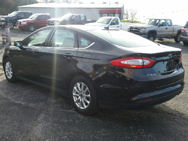 2015 Ford Fusion S 4dr Sedan - Boonville MO