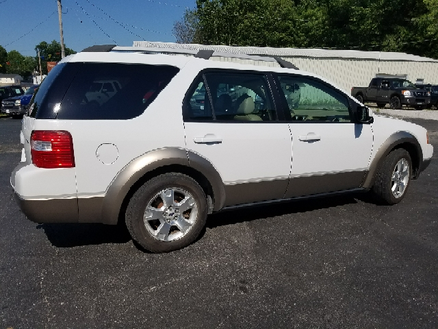 2006 Ford Freestyle SEL AWD 4dr Wagon - Boonville MO