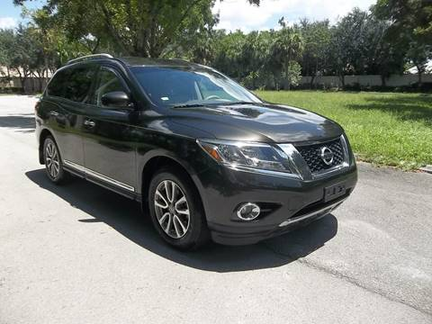 2015 Nissan Pathfinder for sale at DELRAY AUTO MALL in Delray Beach FL