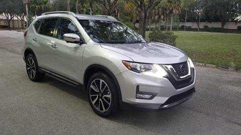 2019 Nissan Rogue for sale at DELRAY AUTO MALL in Delray Beach FL